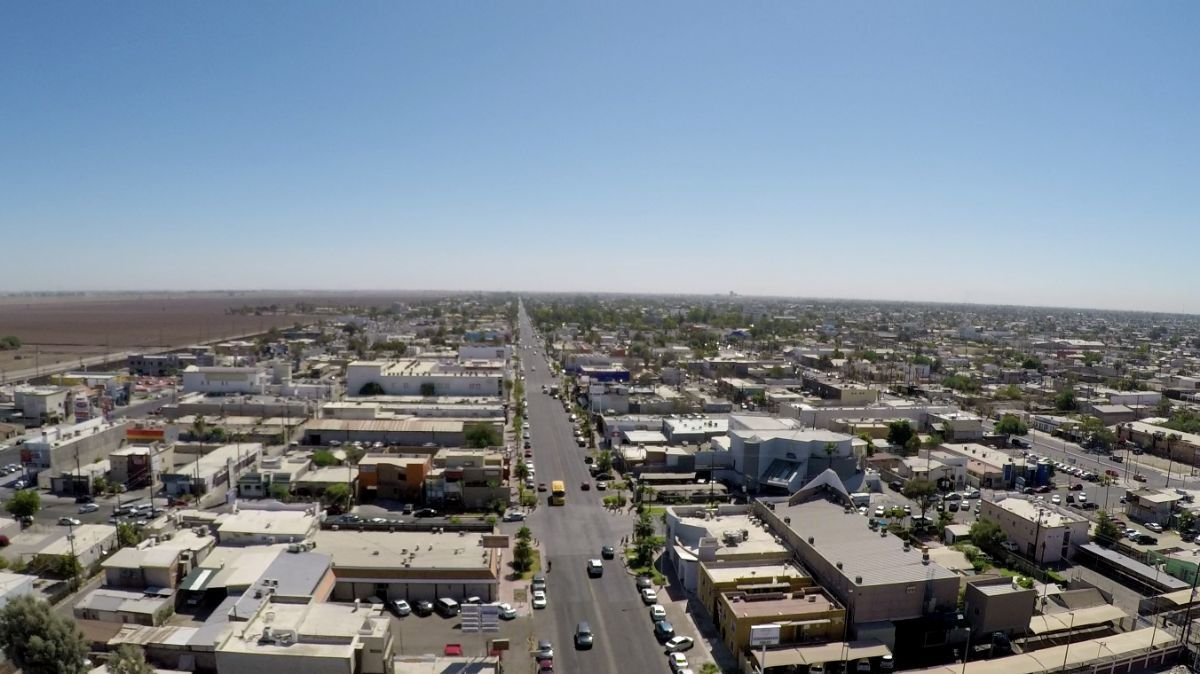 3 de 5: Vista desde el terreno hacia el Este de Av. Reforma