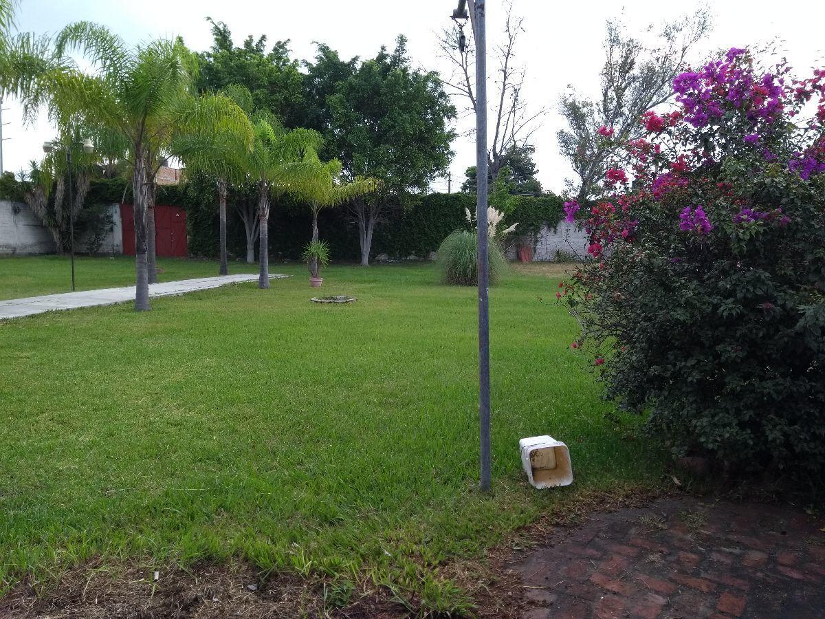 Se Vende Terreno Con Terraza En Tlaquepaque Carretera A Chapala
