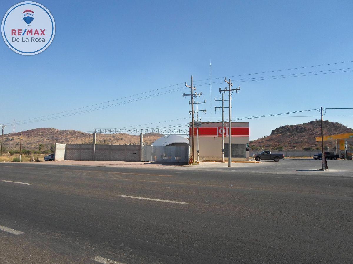 9 de 10: Entorno Gasolineria