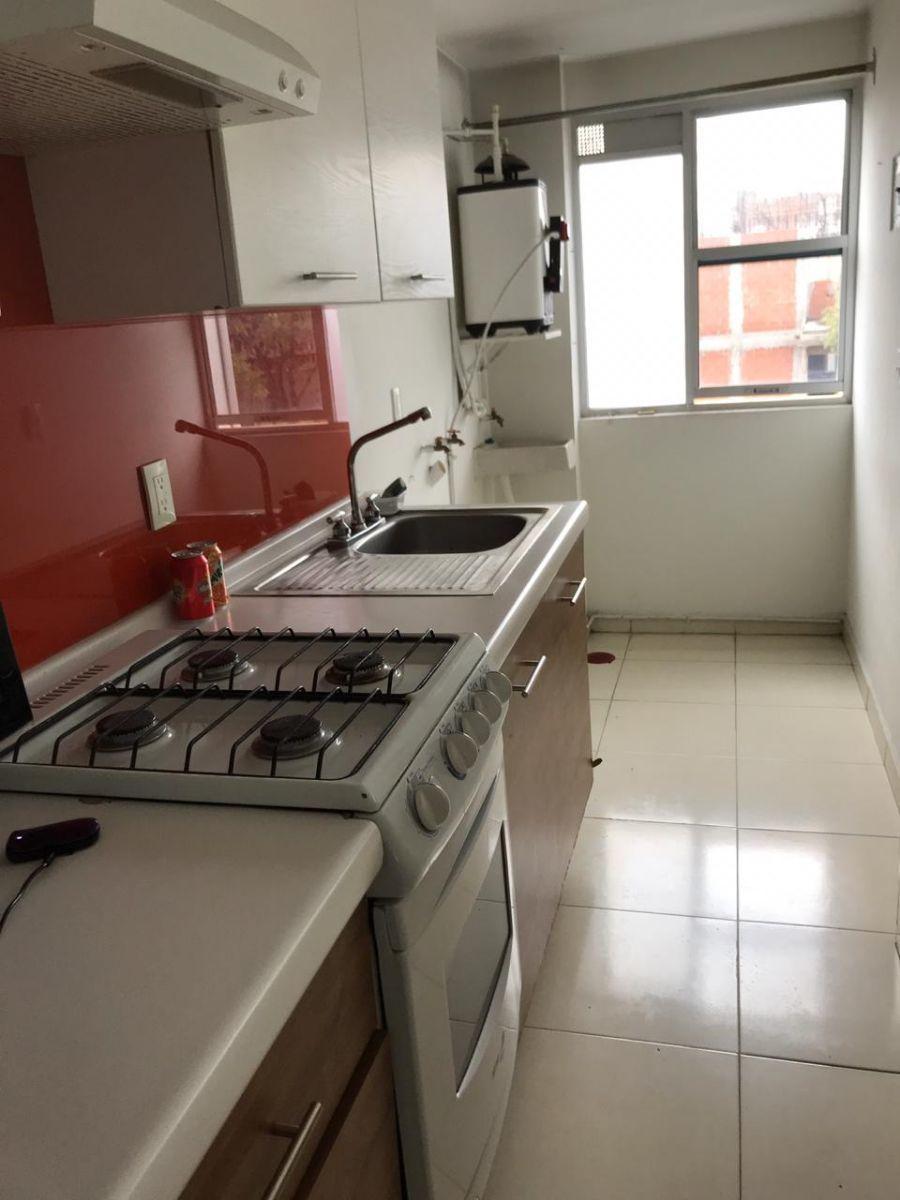 3 de 8: Cocina integral con área de lavado