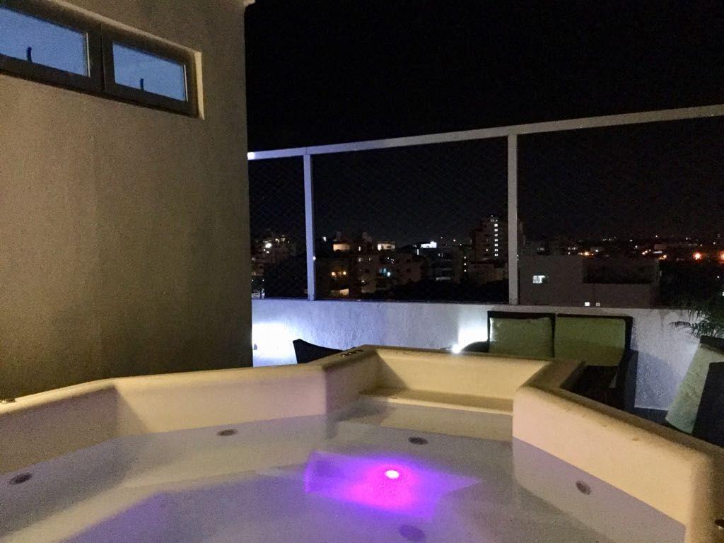 4 de 8: jacuzzi terraza
