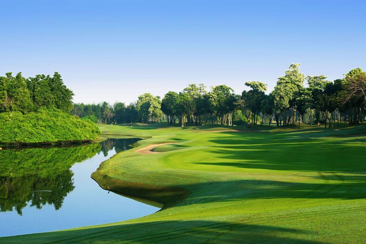 4 de 6: Campo de Golf