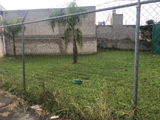 En Esquina Calz Vergel Y Jardines Primavera Ideal Vivero