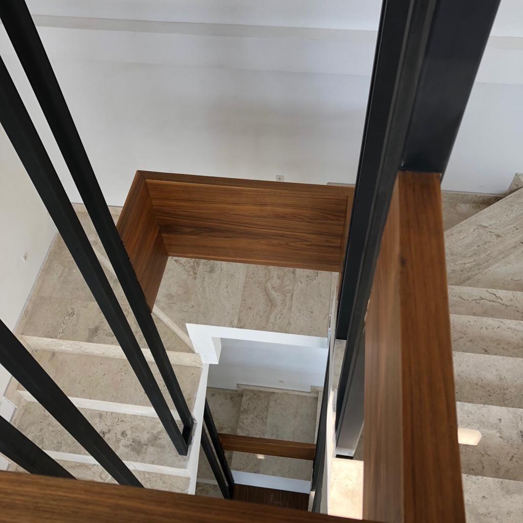 14 de 17: cubo de escaleras