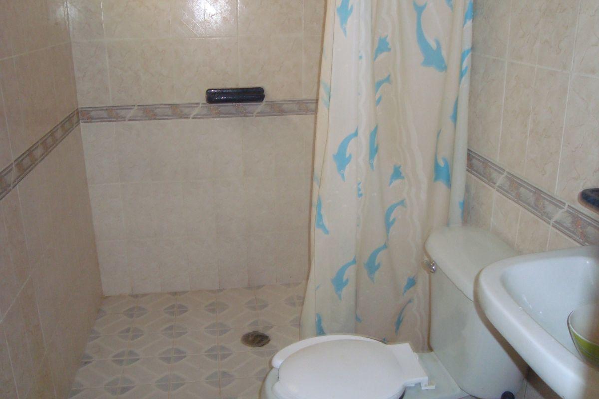 14 de 16: Baño completo planta alta