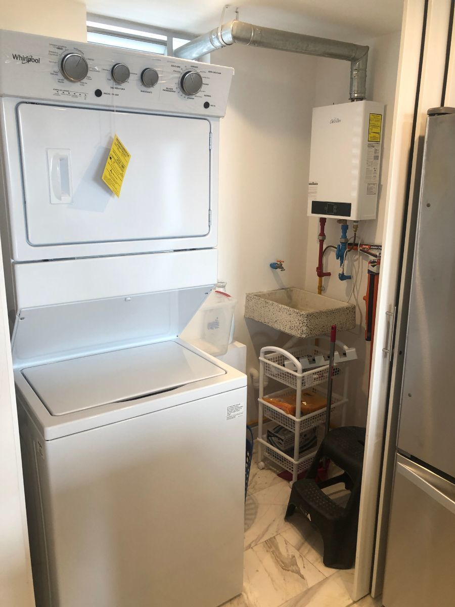 11 de 17: Closet de lavado