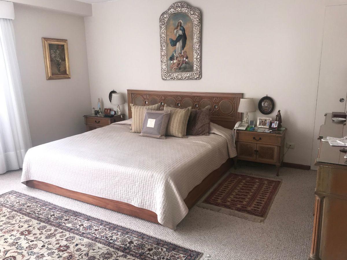 16 de 26: Lindo dormitorio principal. Piso de Madera Pumaquiro