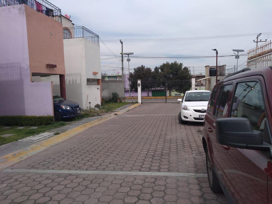 2 de 16: Calle (Vista exterior)