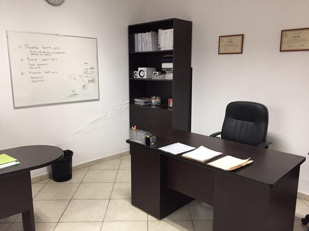10 de 33: Oficina principal. # 1.