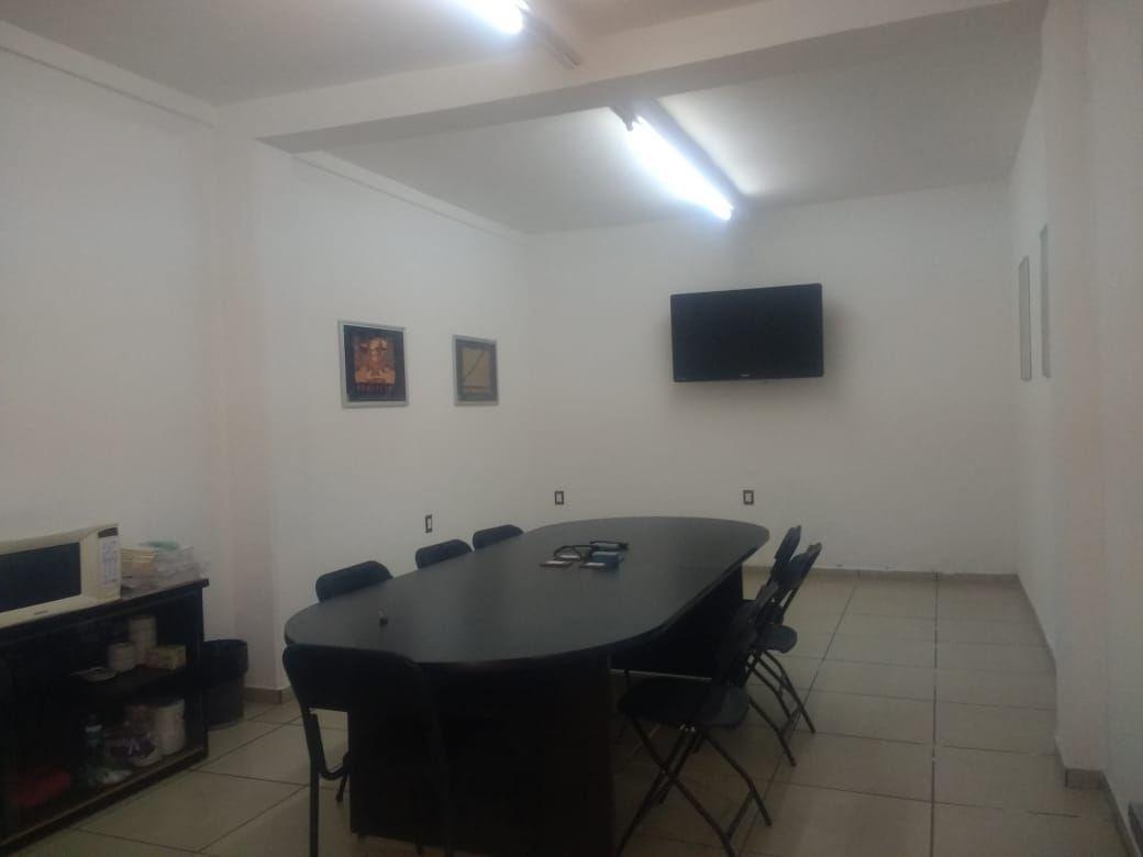 13 de 33: Sala de jntas