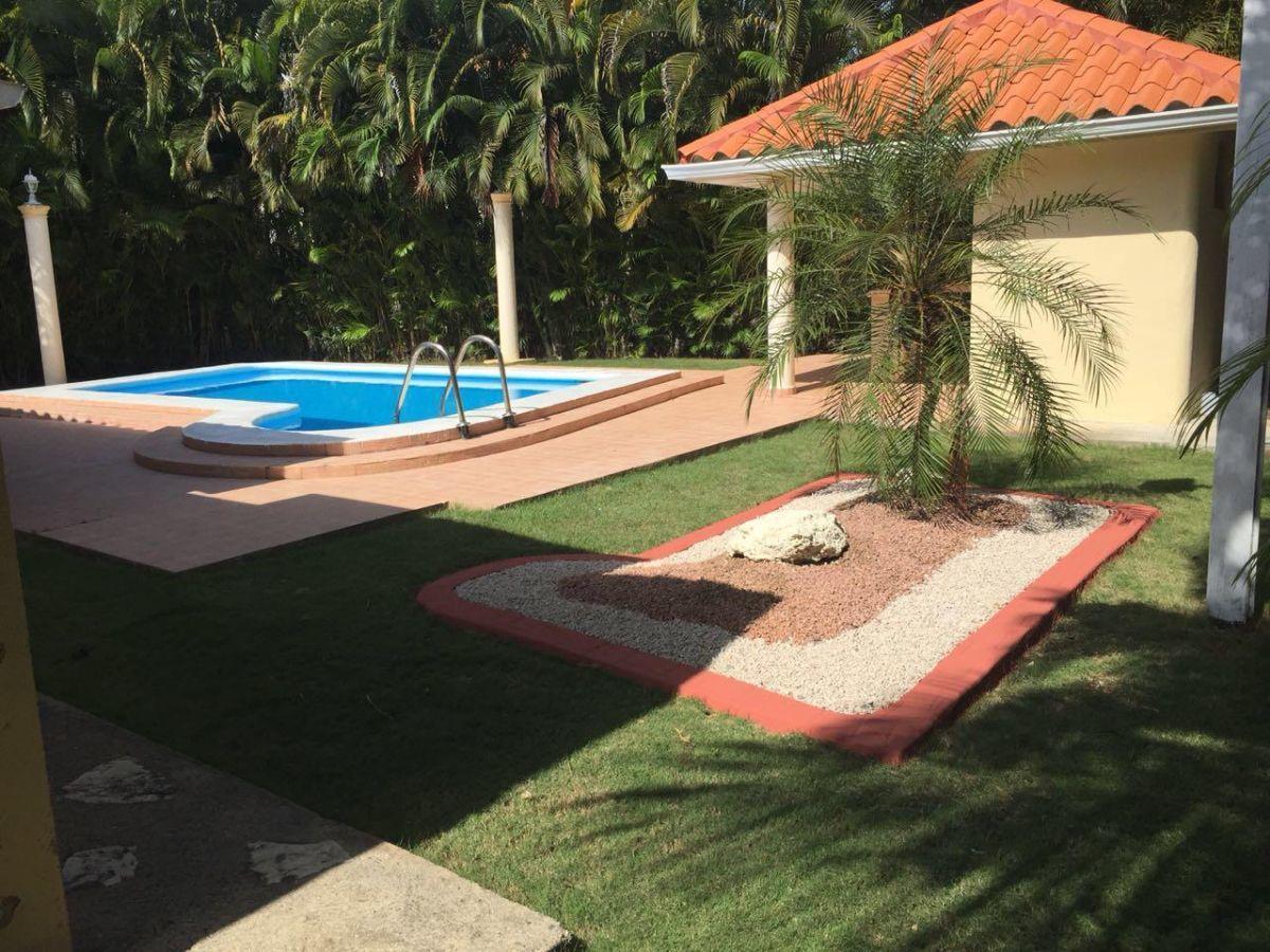 4 de 4: piscina