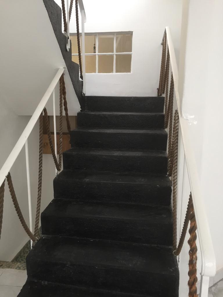12 de 19: Escaleras