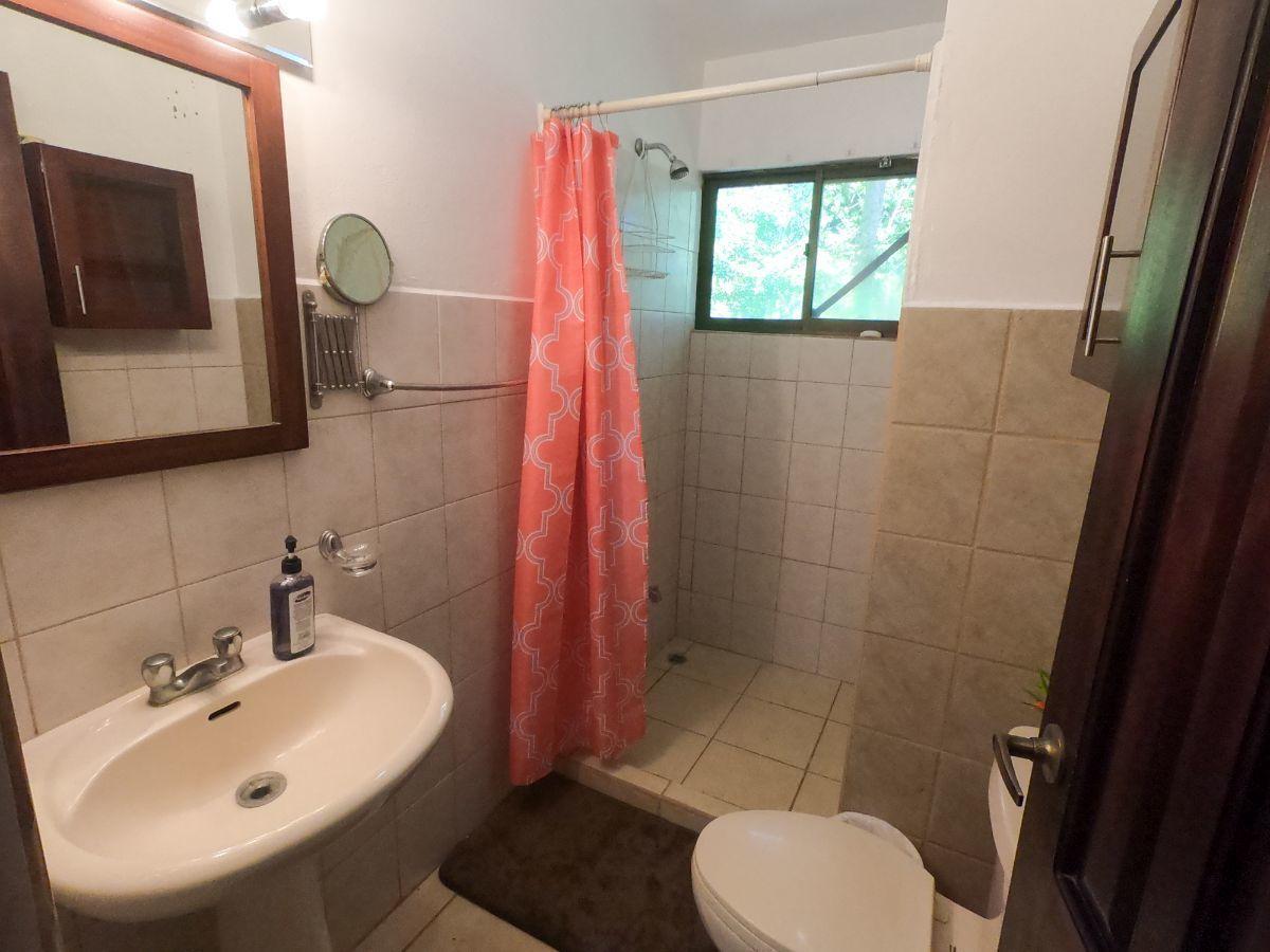 5 of 8: Bathroom