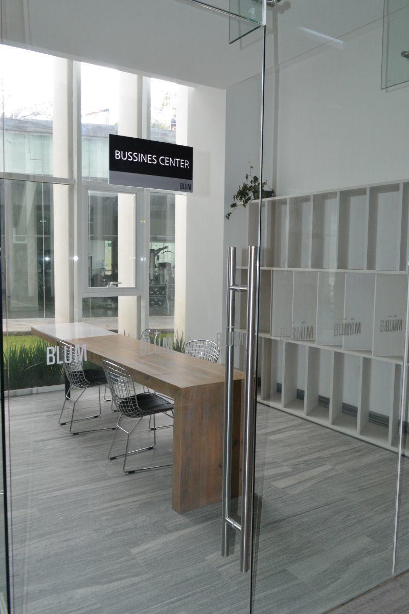 16 de 16: Business Center