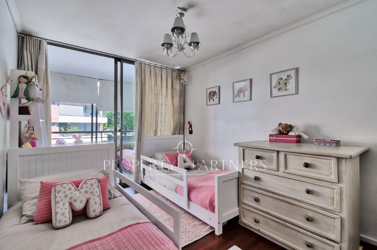 9 de 12: Dormitorios niños 2