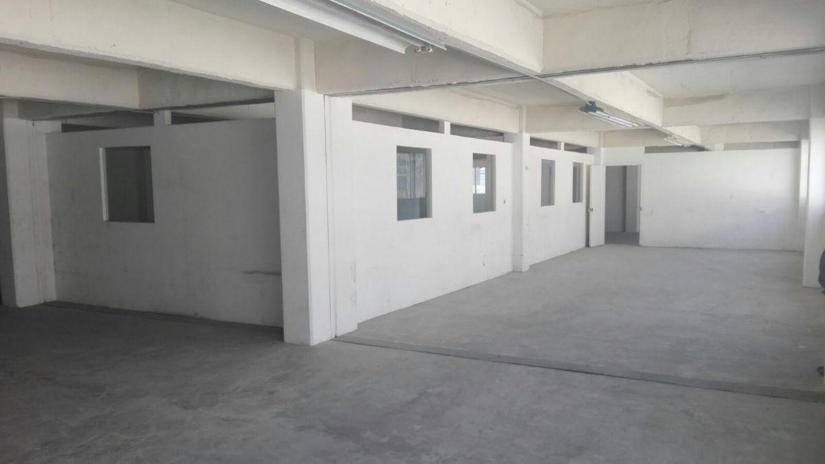 10 de 10: cubiculos y areas abiertas