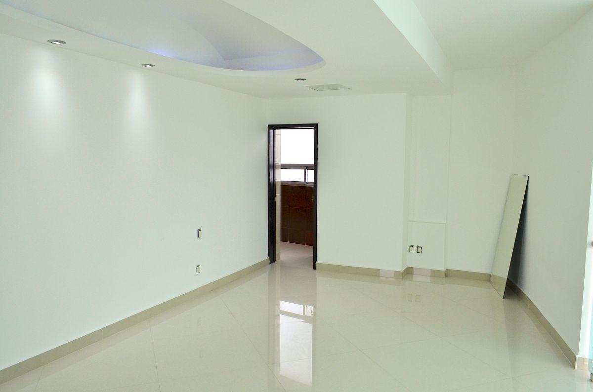 20 de 42: Habitación principal.