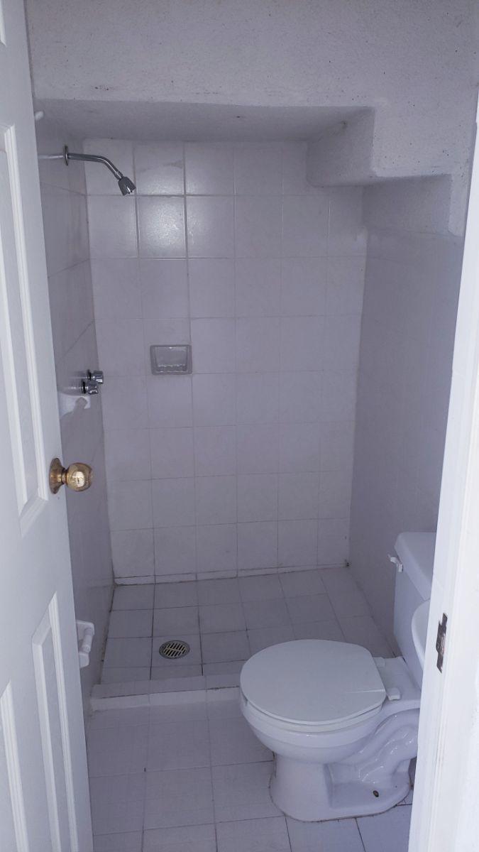 15 de 15: baño planta baja