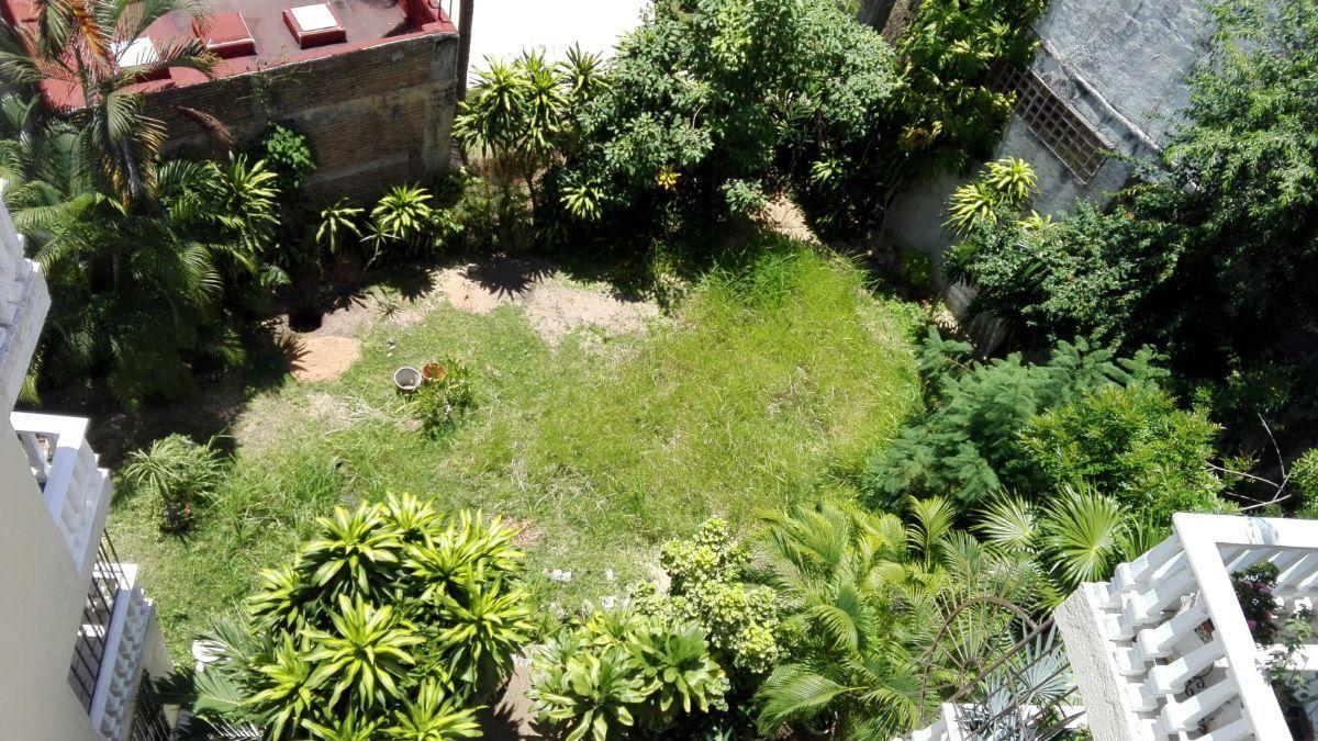 4 de 14: jardín amplio