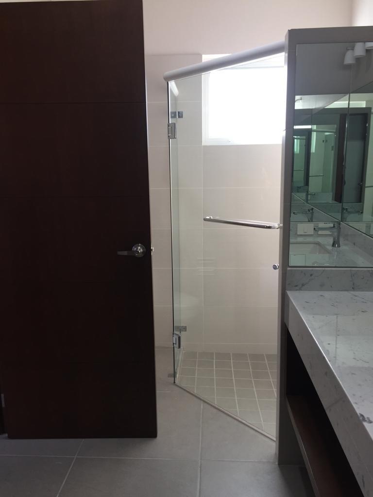 29 de 45: baño principal