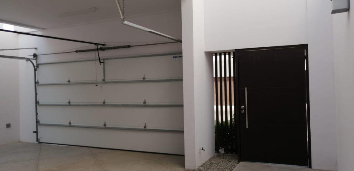 4 de 29: Garage