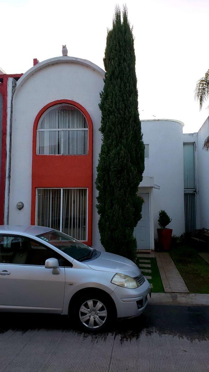 2 de 8: fachada