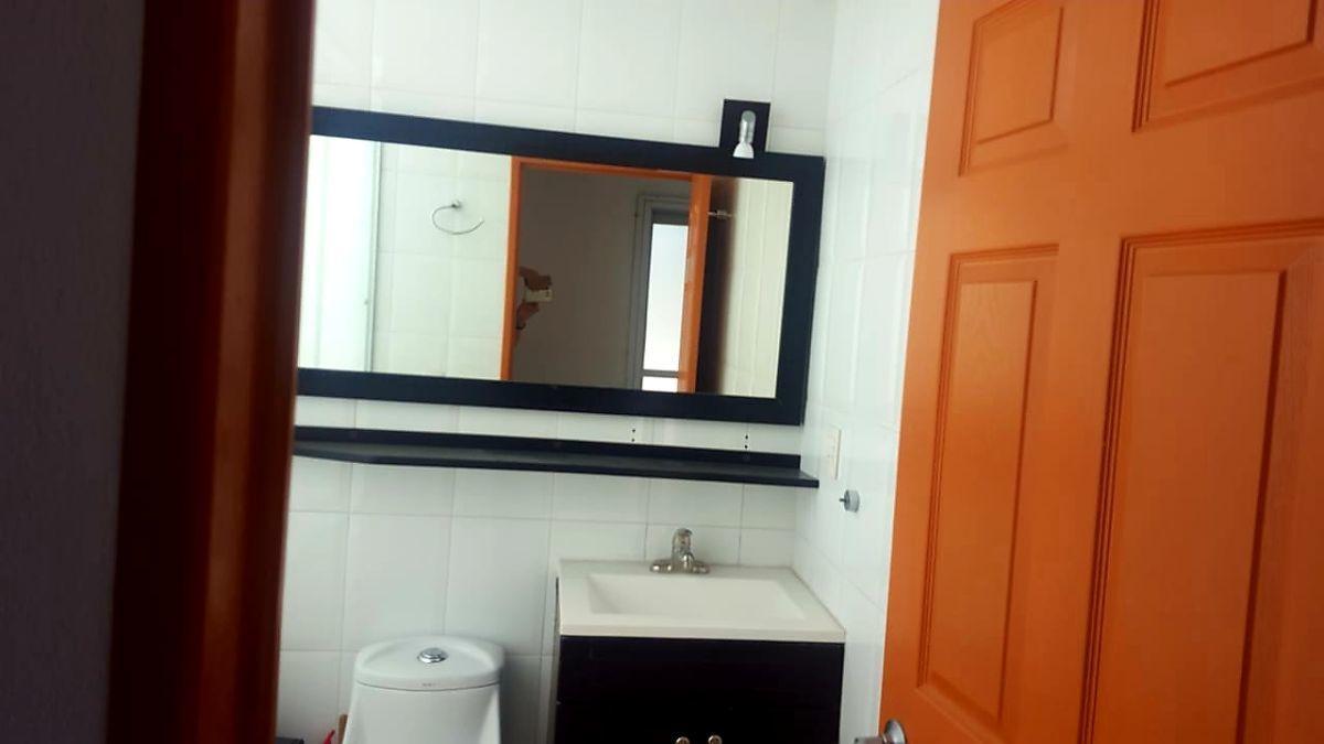 12 de 24: baño recámara principal