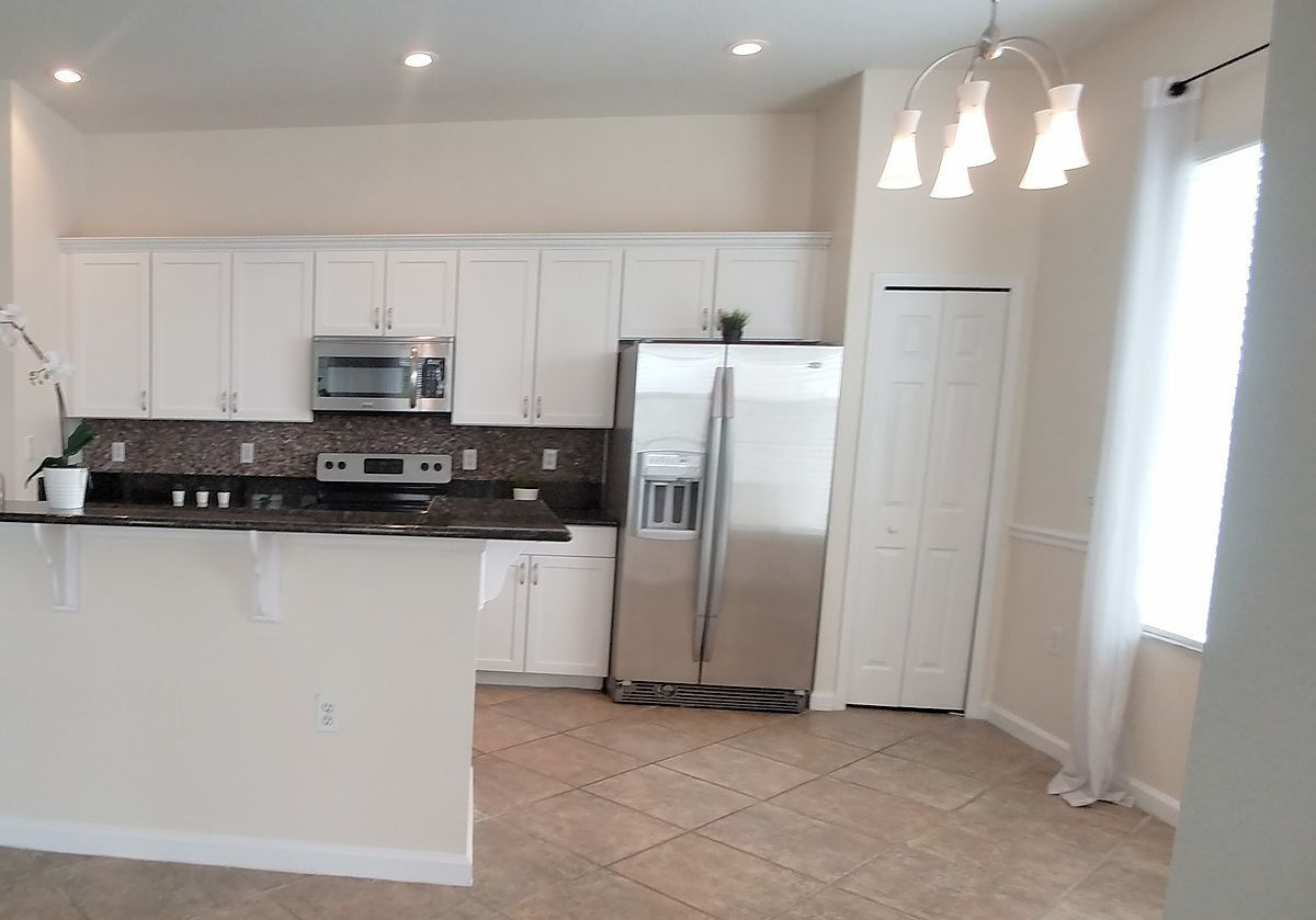 Gorgeous 3 2 Condo With Garage For Rent In Exclusive