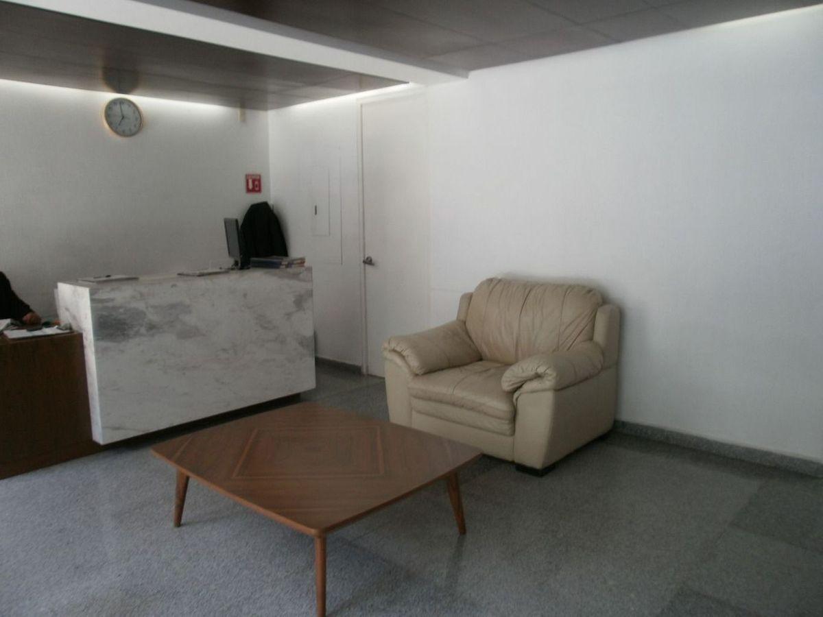 3 de 26: vigilancia con sala de espera