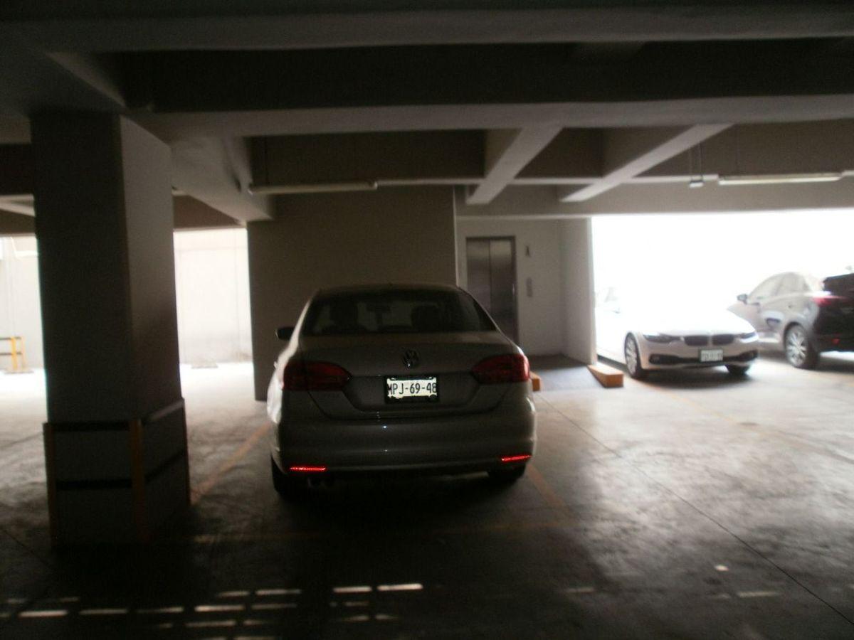 8 de 26: estacionamientos