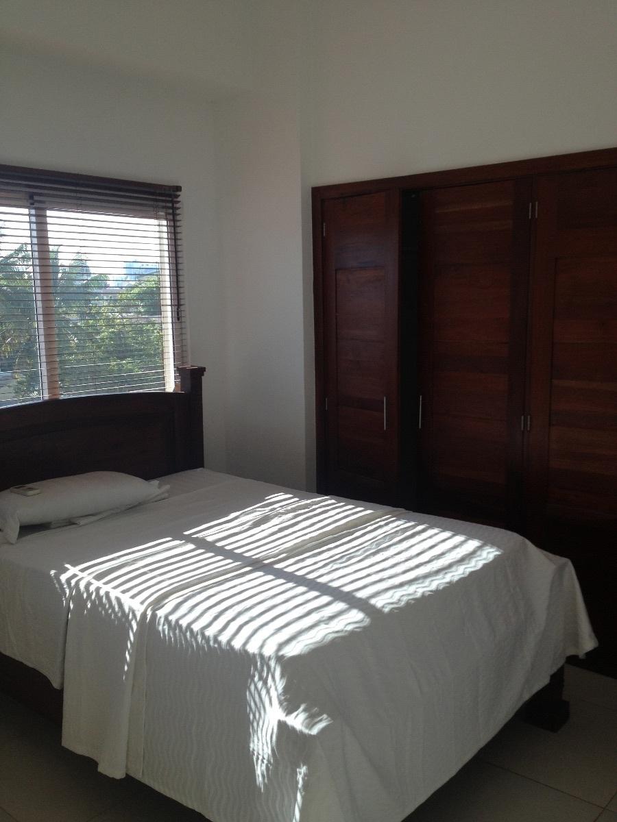 4 de 5: dormitorio