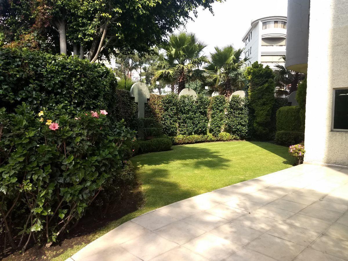38 de 46: Jardín para eventos