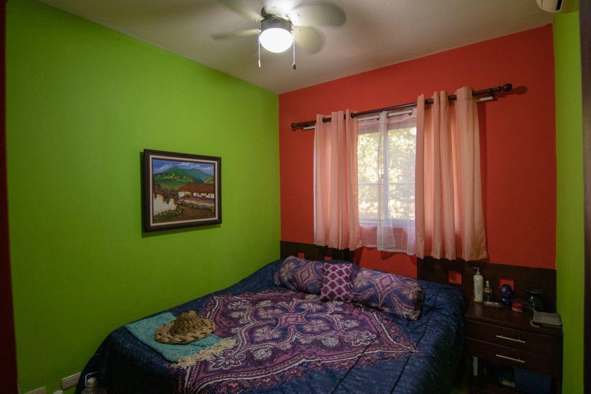 7 of 9: 2nd bedroom