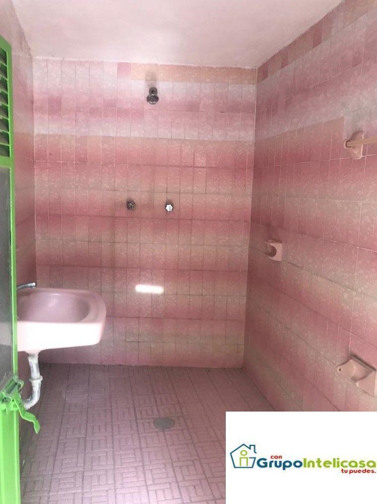 10 de 16: Baño completo 1