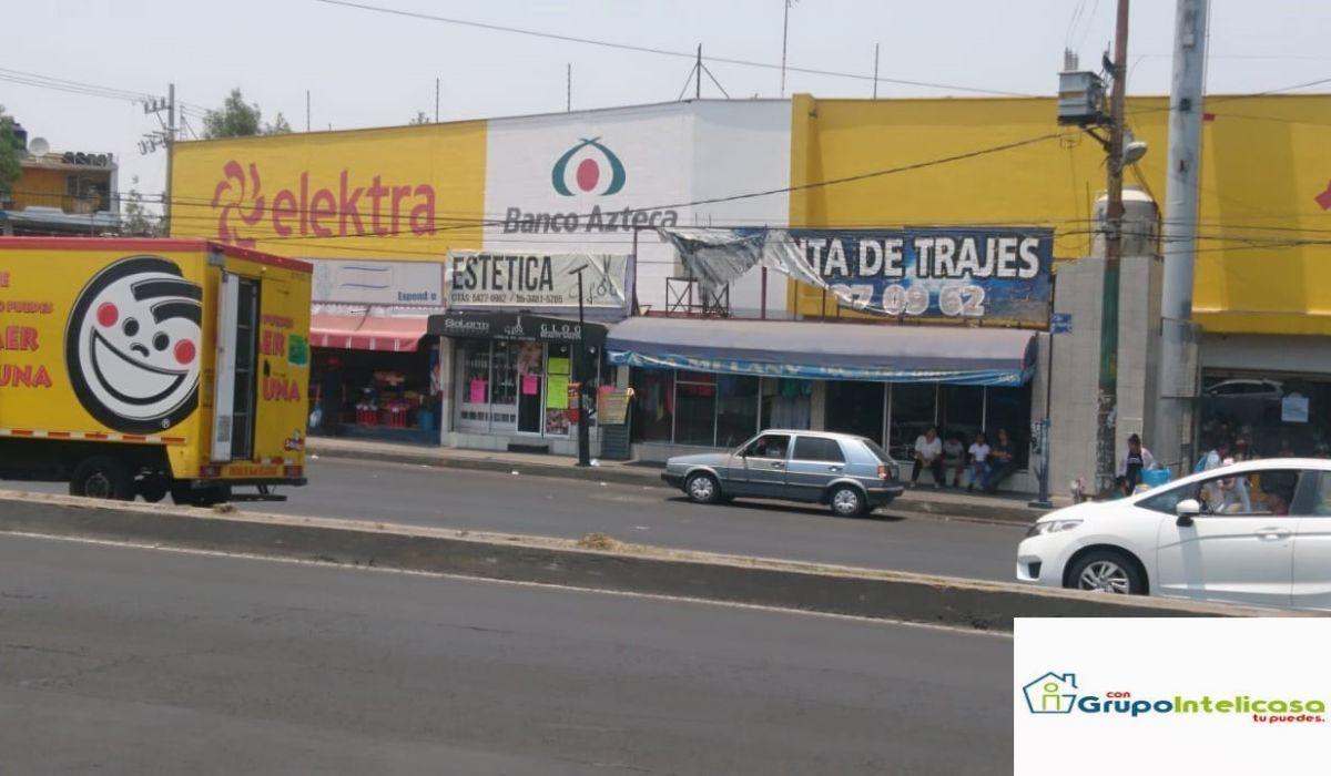 15 de 16: Tiendas ubicadas sobre Calz. Ermita Iztapalapa