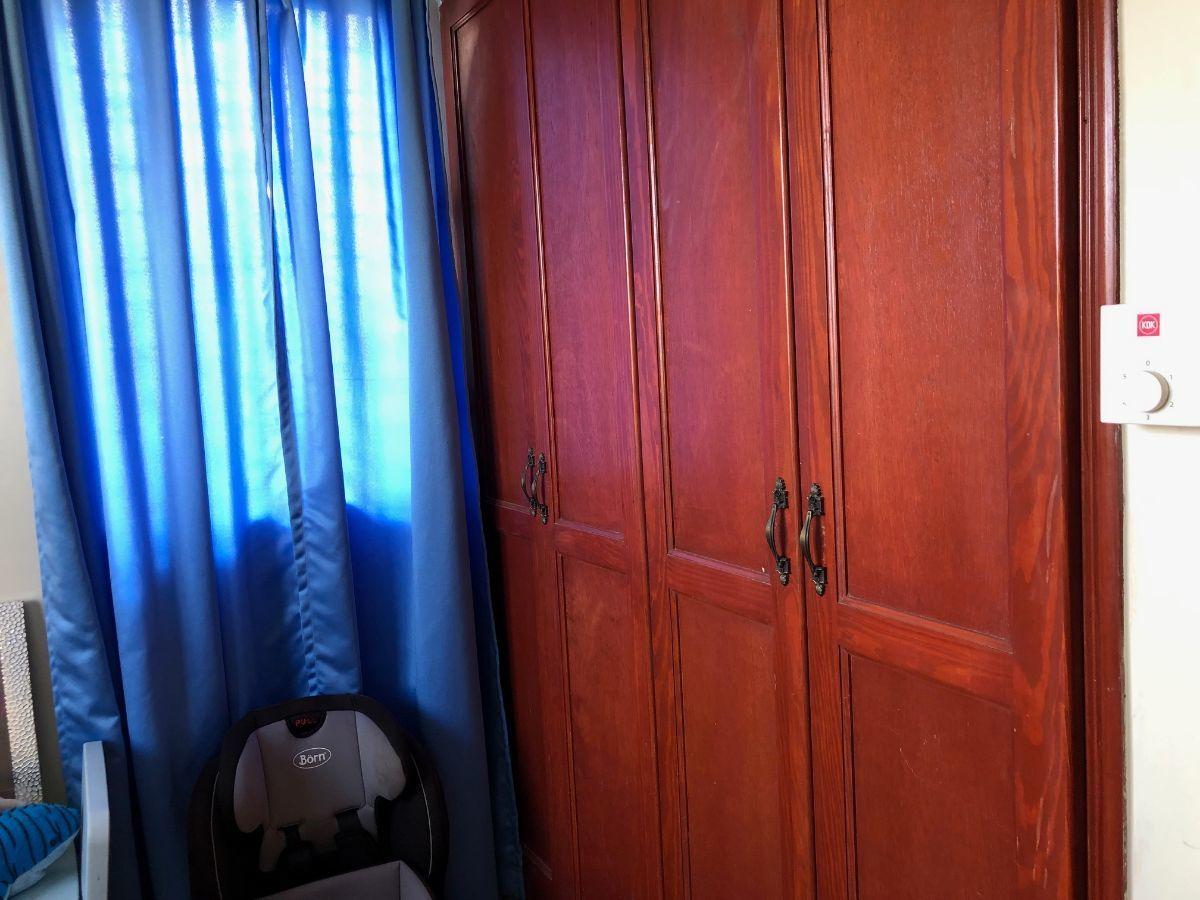 11 de 18: Closet