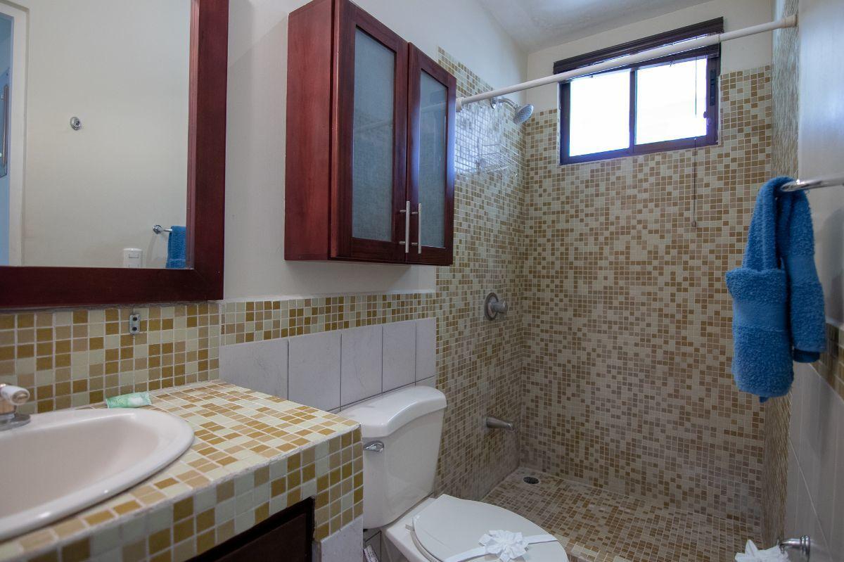 8 of 14: Bathroom