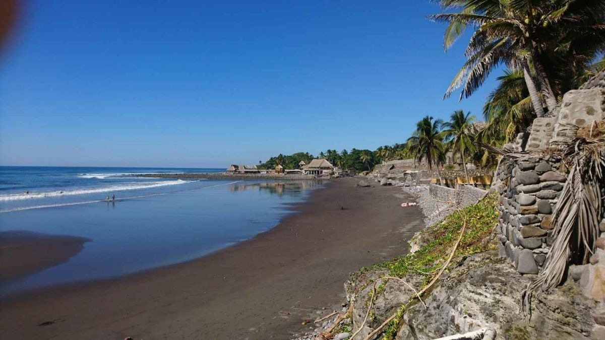 33 de 34: Playa El Zonte