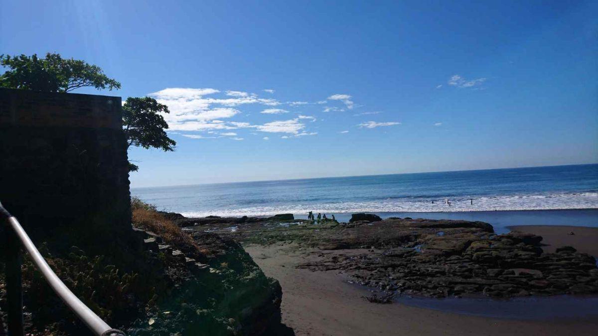 32 de 34: Playa El Zonte