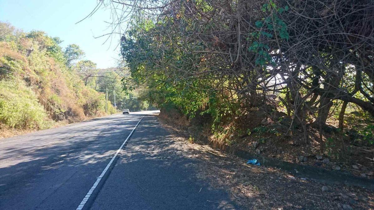 23 de 34: Carretera Litoral km 53 de La Libertad