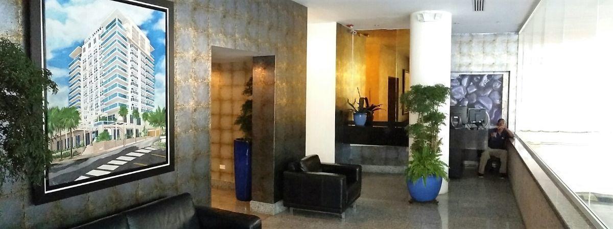 2 de 22: Lobby amueblado y climatizado