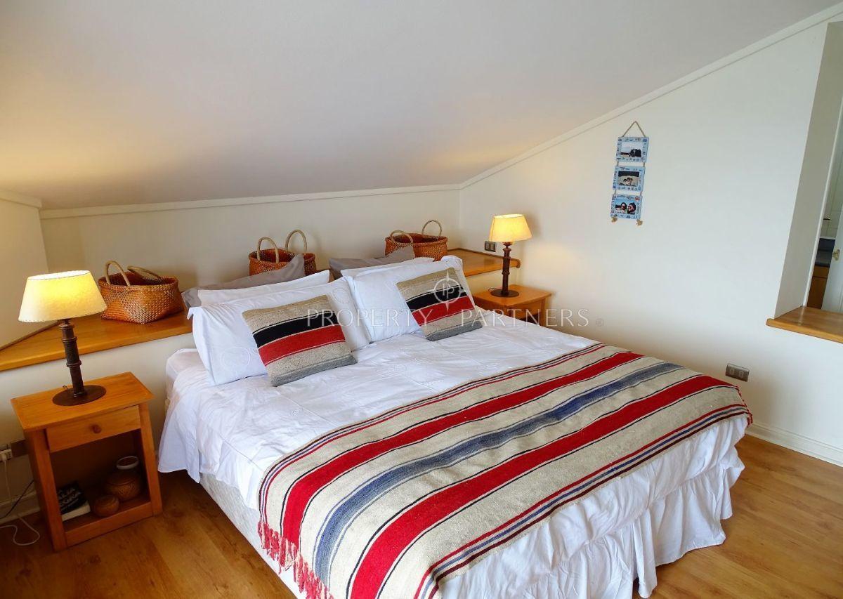 10 de 24: Dormitorio Principal