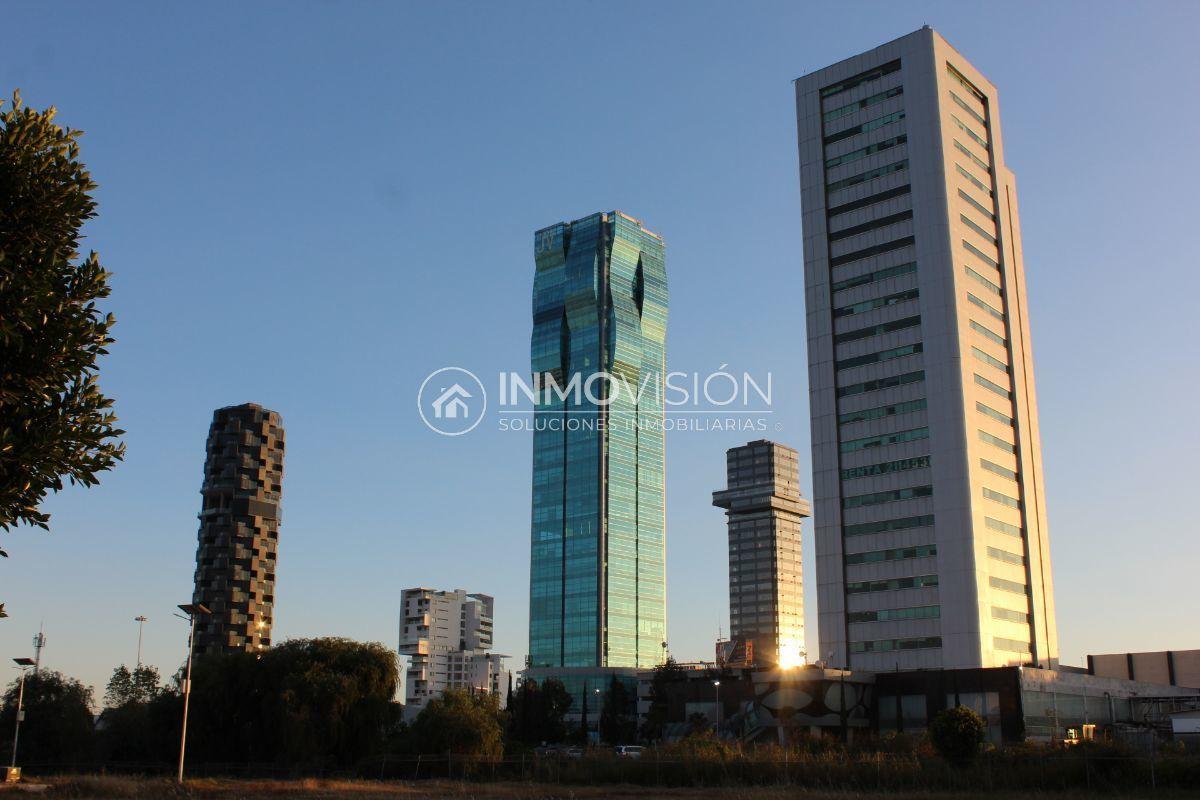 51 de 51: Vista a Torres JV y  Torre Adamant