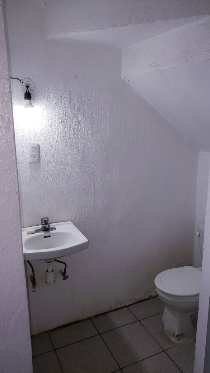 6 de 9: medio baño