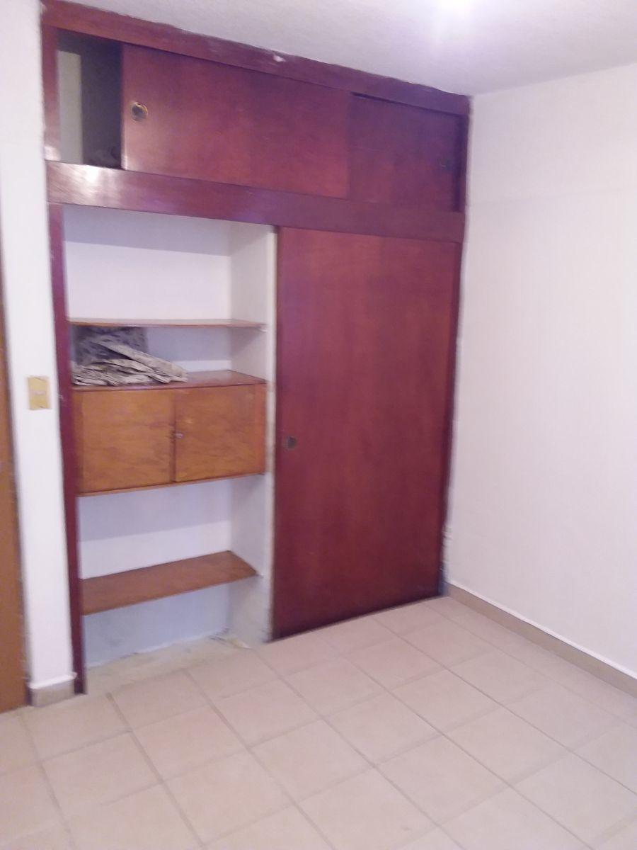 12 de 16: Closet Recámara 3