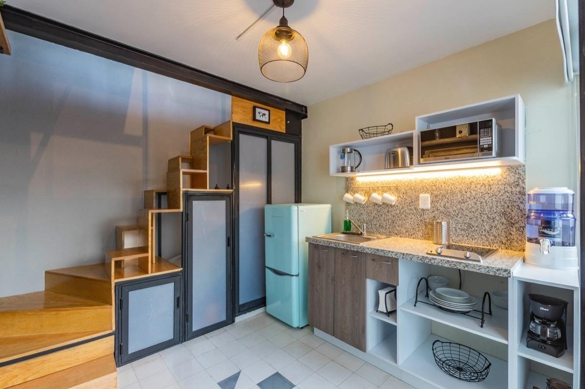 3 de 24: Cocina equipada con electrodomésticos