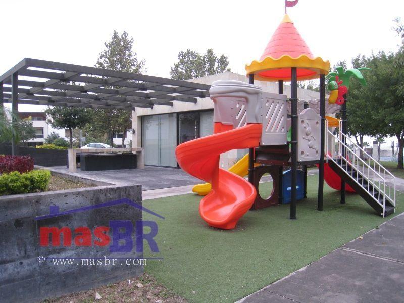 23 de 25: Casa club - juegos infantiles