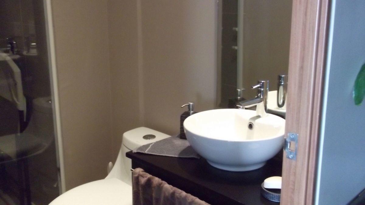 16 de 31: baño