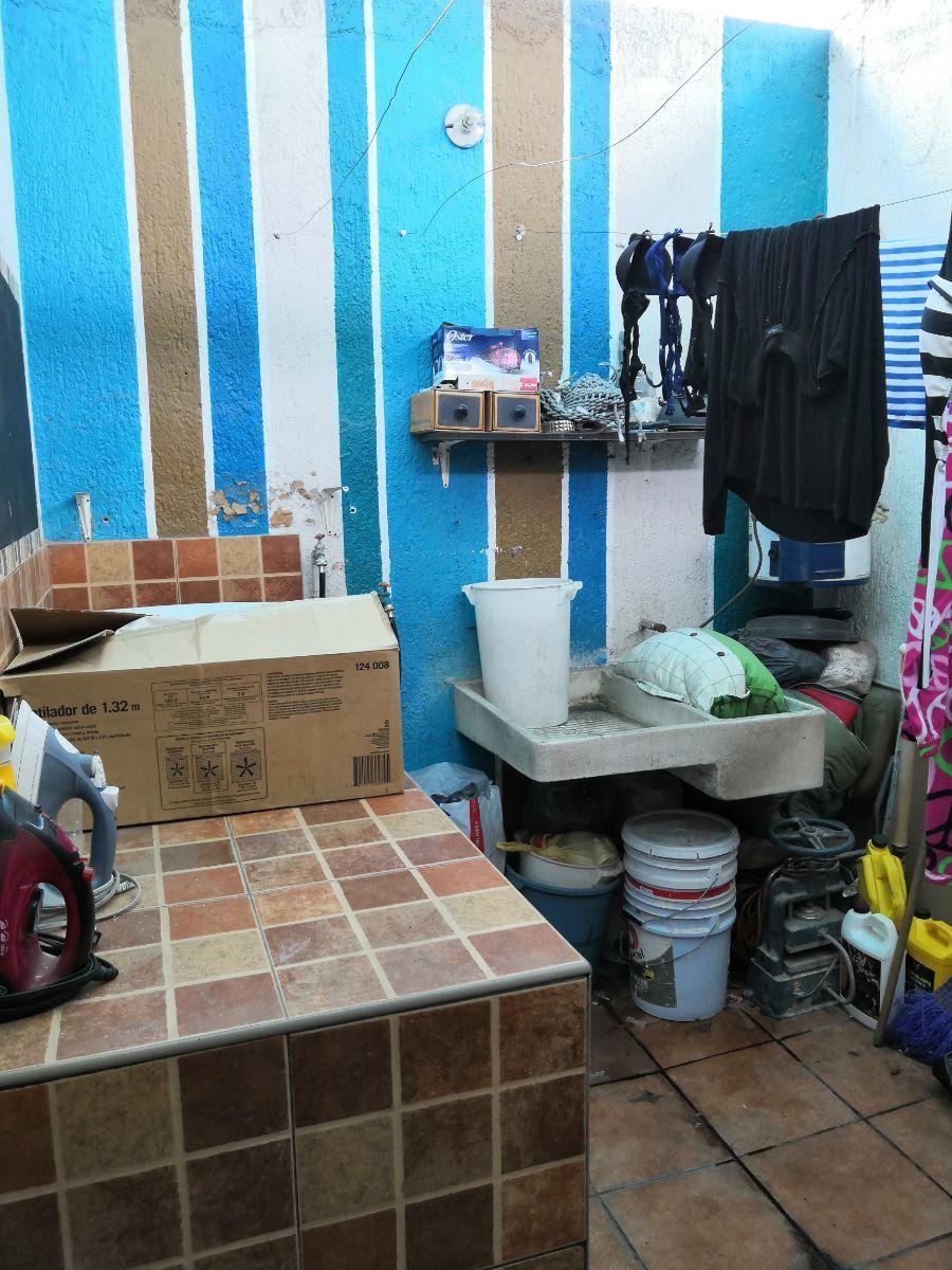 19 de 33: Patio de lavado