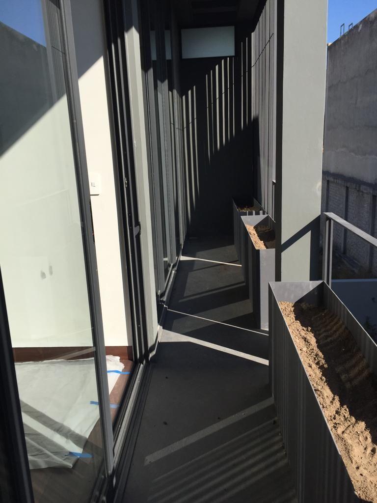 8 de 29: balcones de recàmaras secundarias con jardinera